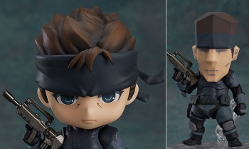 Would you like a super deformed Solid Snake figure? What if it came with a PS1 Snake head?